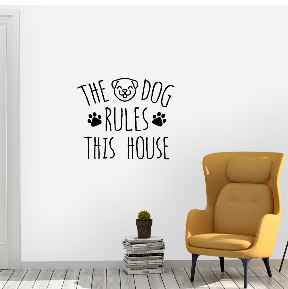 Muursticker – The dog rules this house